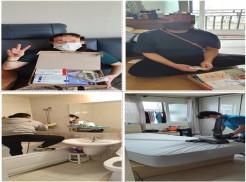 상단좌우 사진 대상자들이 한국장애인재단에서 제공된 스마일방역키트(손소독제 및 KF마스크, 천연이끼 구성)를 수령하는 사진 하단 좌측사진 욕실 소독을 하고 있는 사진  하단 우측사진 매트리스 케어를 진행하고 있는 사진